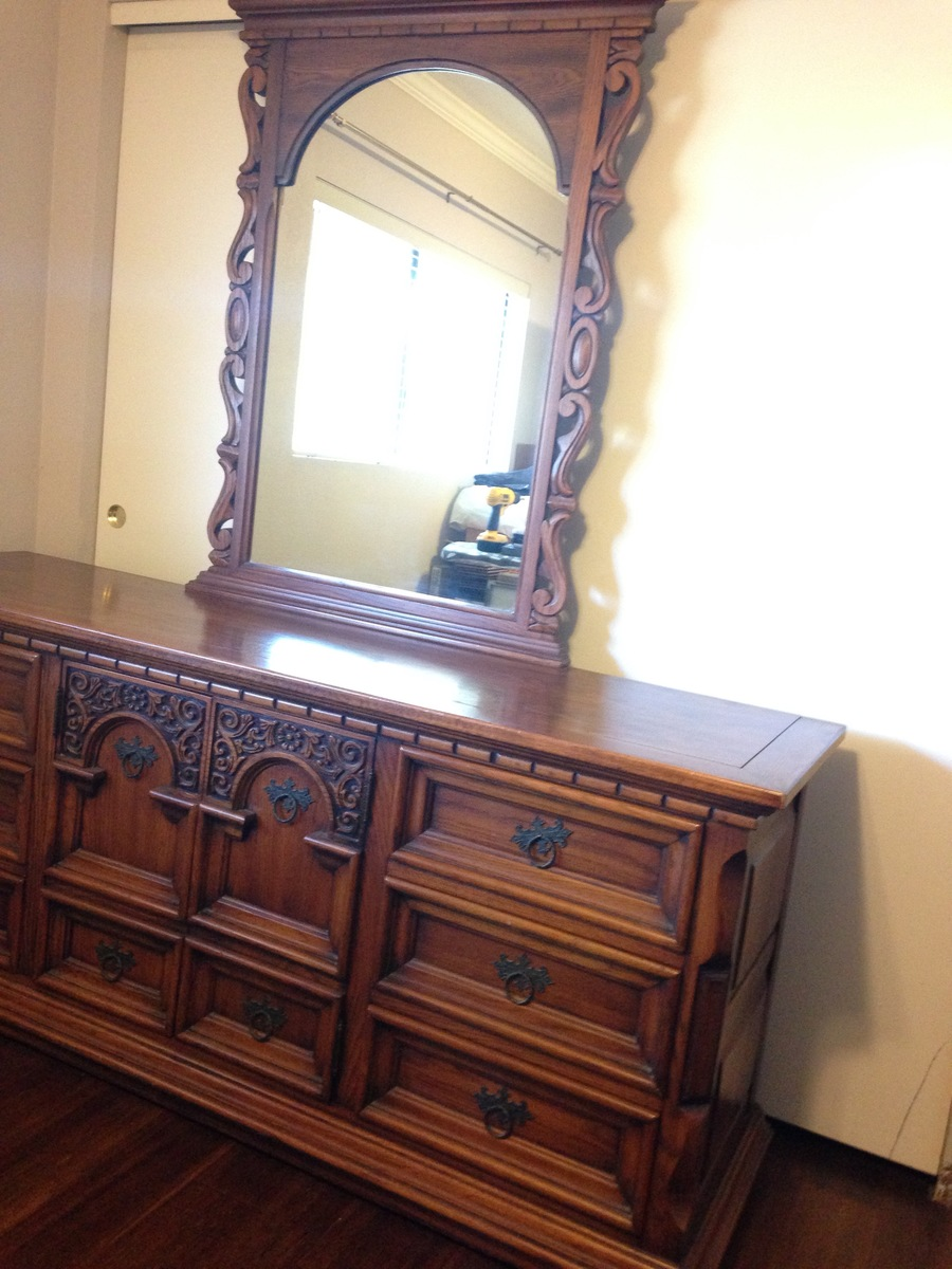Bedroom set my antique furniture collection for Good value bedroom furniture