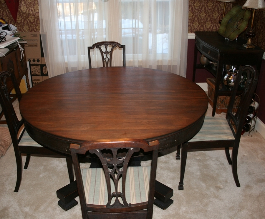 phoenix furniture mahogany dining room set how much is