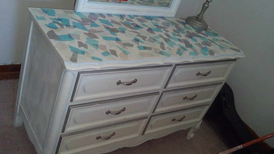 I have a henry Link French provincial multiple piece twin girls bedroom set Bedroom set   My Antique Furniture Collection. French Provincial Bedroom Set Value. Home Design Ideas