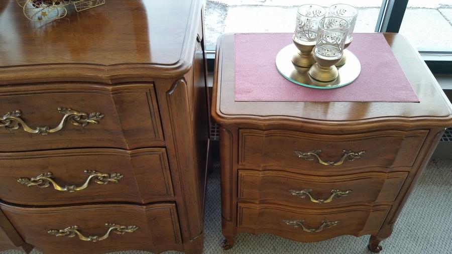 Pristine Walnut Bedroom Set by Davis Cabinet Co Bedroom set   My Antique Furniture Collection. French Provincial Bedroom Set Value. Home Design Ideas
