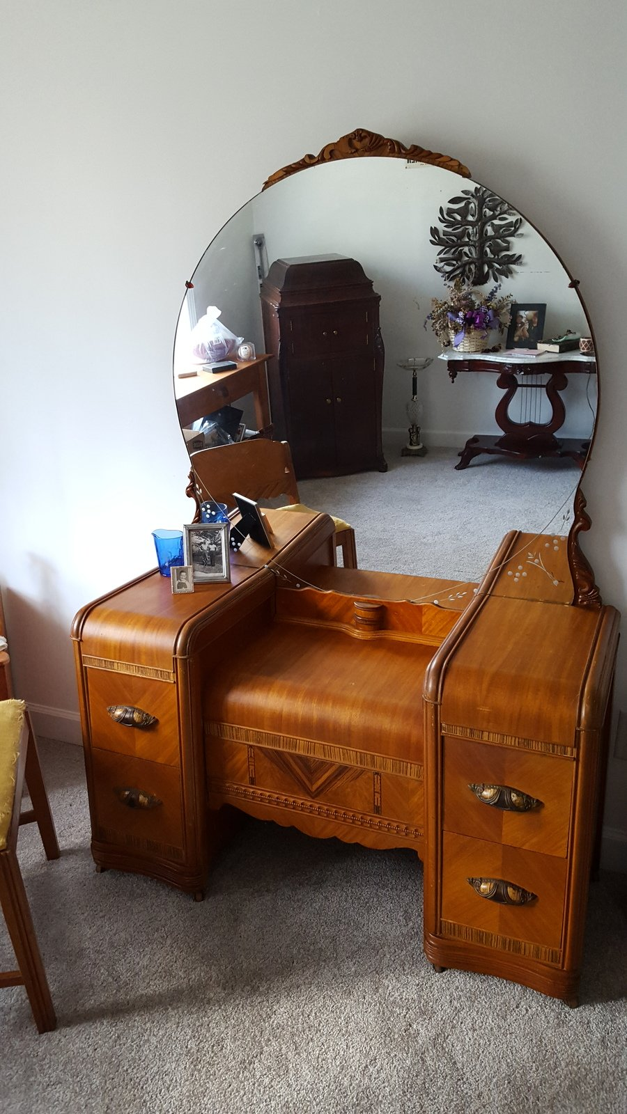 Antique bedroom furniture value - Wondering The Age And Worth Of Waterfall Vanity