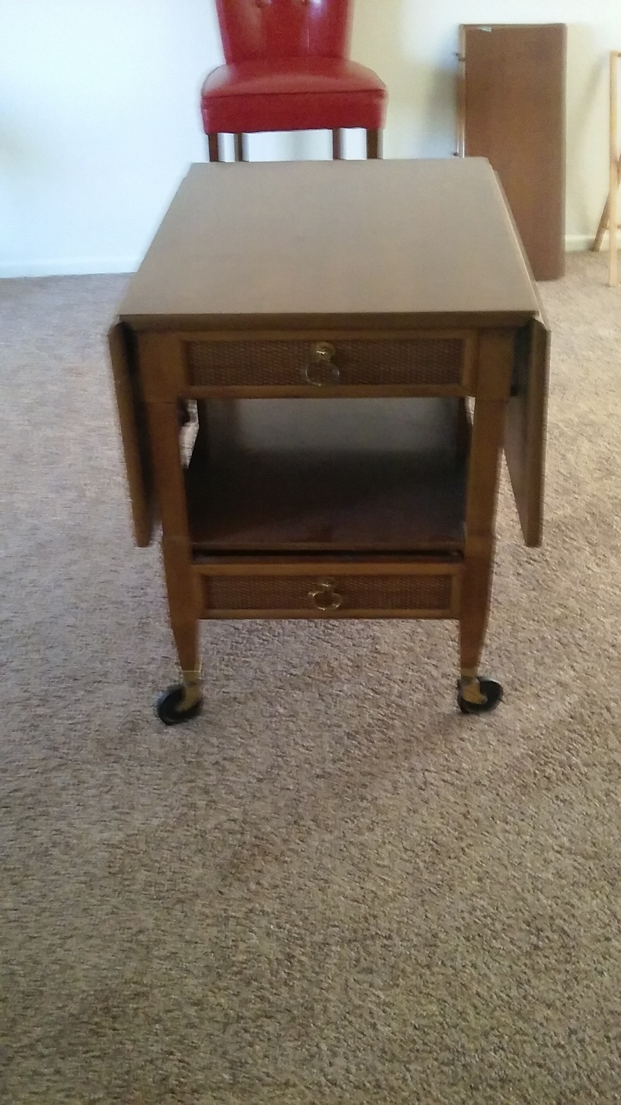 Can anyone tell me wat i hav here i been doing some for Where can i buy vintage furniture