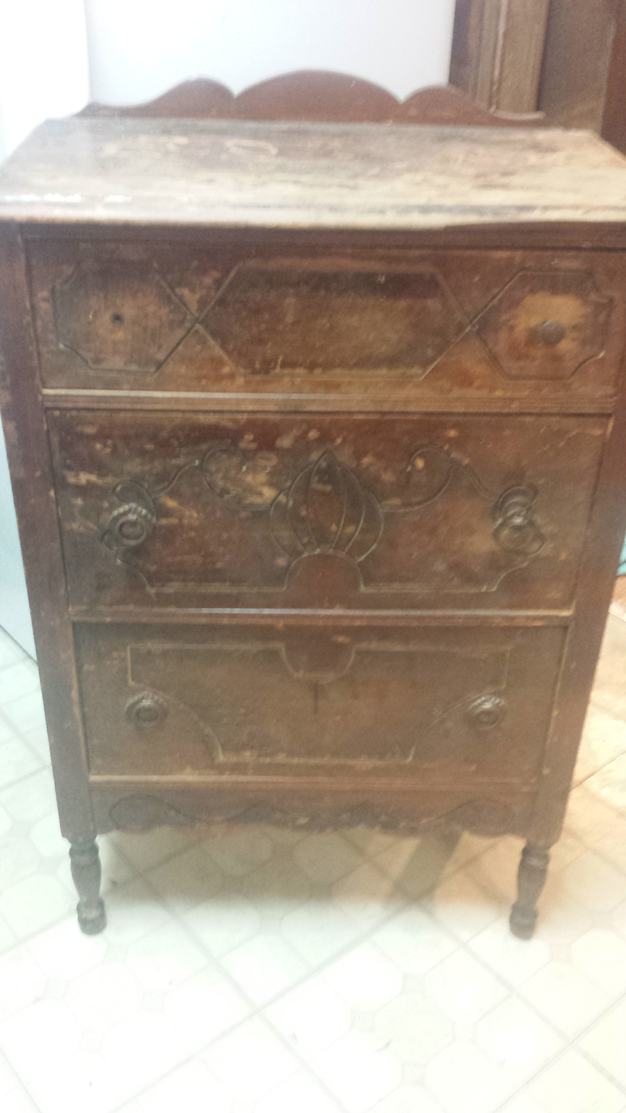 3 Drawer Chest Would Like To Know The Year Wood Etc And Value If Any My Antique Furniture