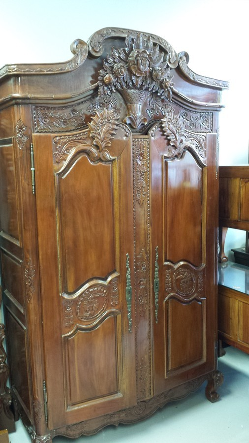Estate Sell 5pc Bedroom Set Did I Stumble Upon A Fortune My Antique Furniture Collection