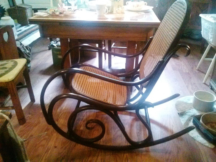 Is it a thonet made in poland my antique furniture for Furniture made in poland