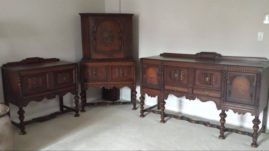 To whom it may concern i have an antique dining room set for Antique dining room sets