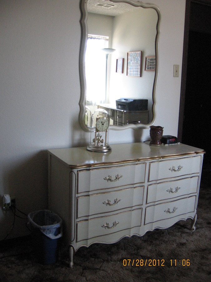 I have a Dixie Antique White with Gold Trim Dresser   Mirror in Excellent  Condition from 1958 I want to sell  What should I ask for it and who would  buy. I Have A Dixie Antique White With Gold Trim Dresser   Mirror In