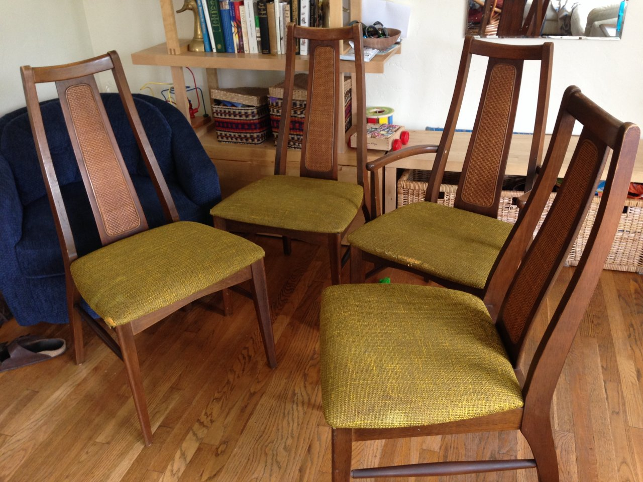 Wonderful The Chairs And Table Legs Are Solid Wood, But The Table Top Is Particle  Board With A Veneer. The Chairs Have A Cool Rattan Inlay. Any Info Is  Appreciated  ...