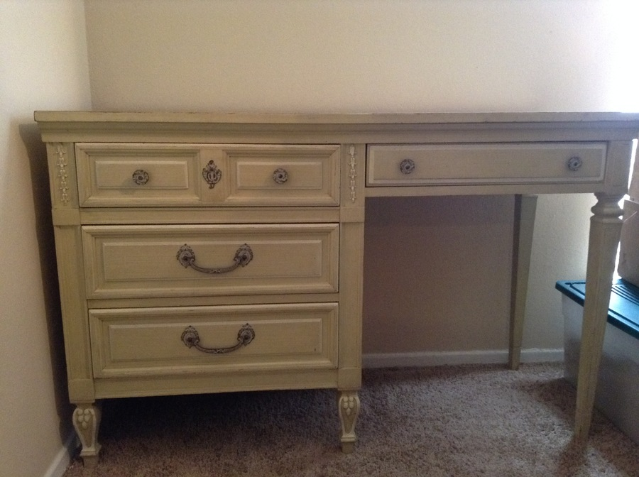I Have A 5 Piece Children 39 S Bedroom Set By Dixie Furniture Company Style My Antique