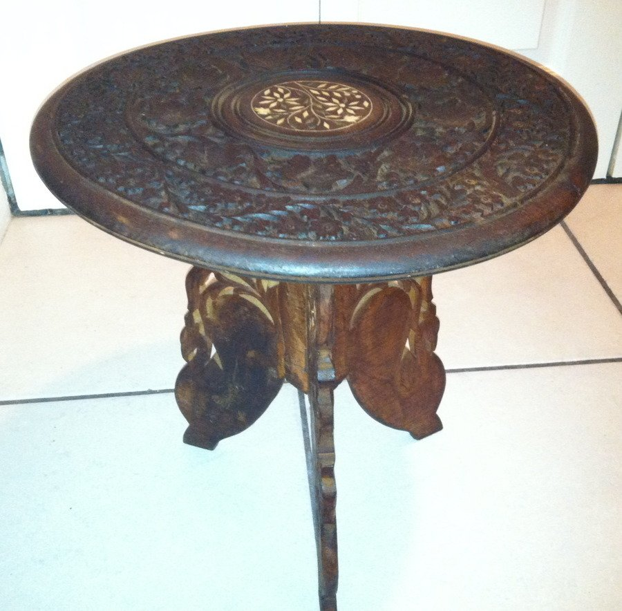 help identifying small wood round table that looks hand carved my antique furniture collection. Black Bedroom Furniture Sets. Home Design Ideas
