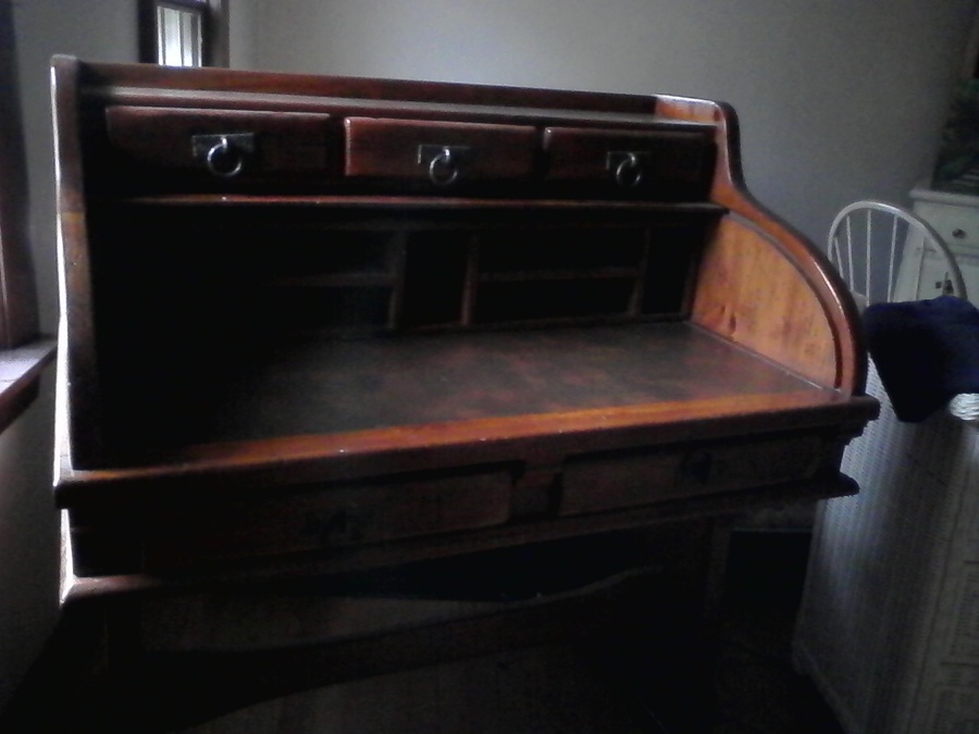 I Have A Link Taylor Roll Top Desk In Great Condition. Could Someone Tell M... : My Antique ...