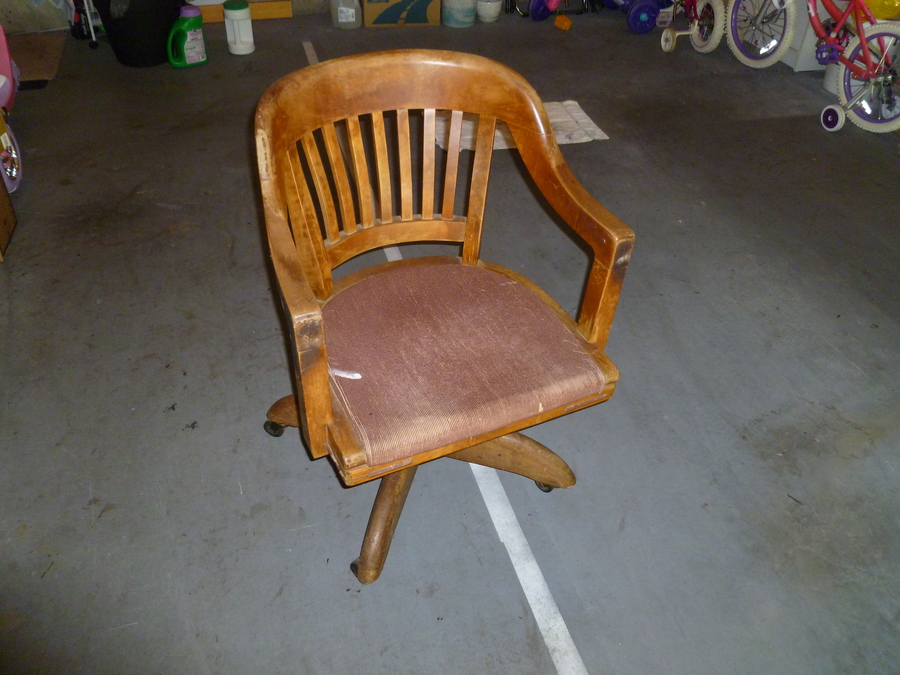 I Was Wondering What My Dads Old Office Chair Was Worth Its A