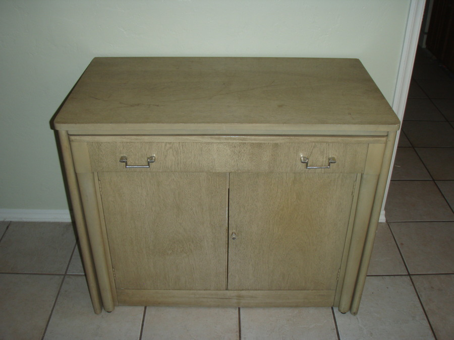 Hello I Am Looking To Sell A Mid Century Modern Expand O Matic Buffet Di My Antique