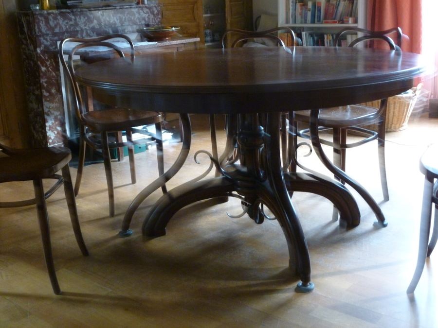 Extendable dining table by thonet my antique furniture for Table thonet
