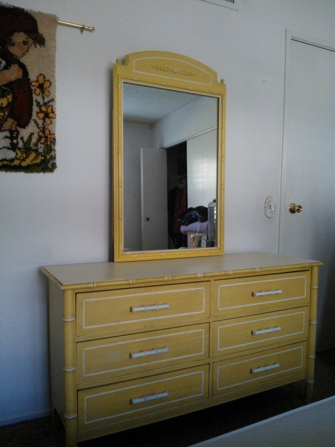 How much should i sell a 1970s full size girls bedroom set Where to sell used bedroom furniture
