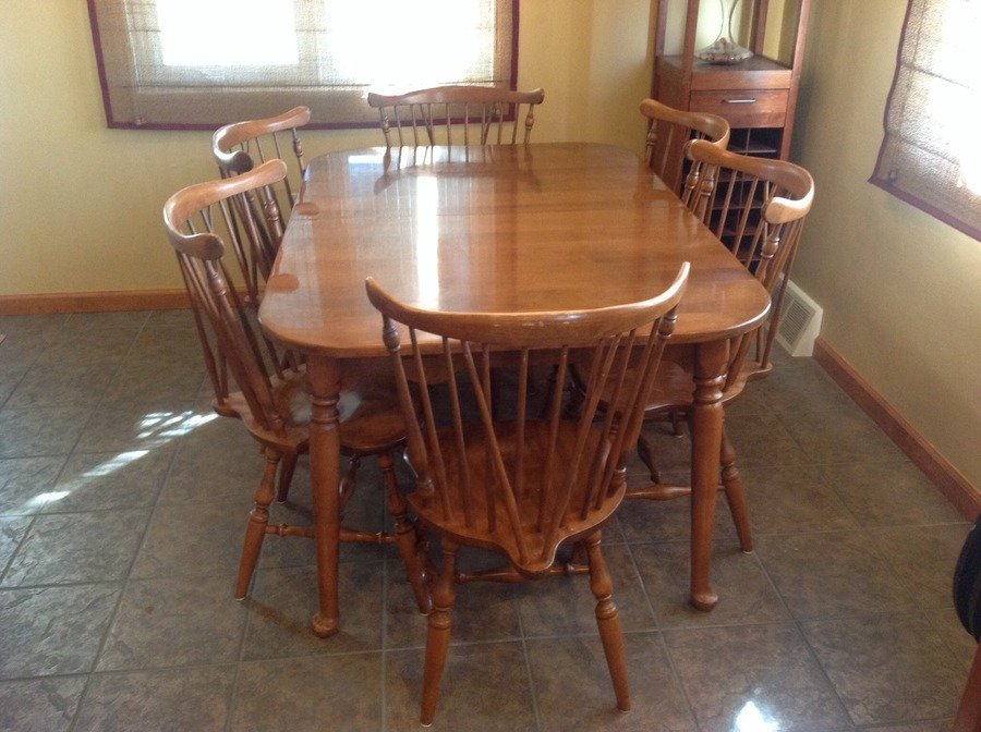 Dining Table Ethan Allen By Baumritter Made In Vermont 403 With 2 Leafs And 6 Early American Chairs 444 As You Can See The Pictures
