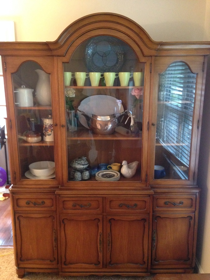 I have a 3 piece dining room set by rway my antique for 3 piece dining room