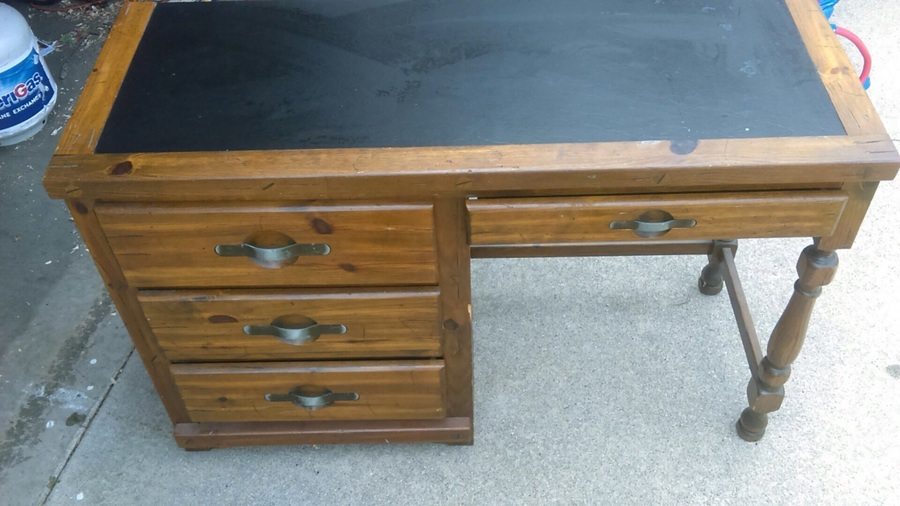 Trying to locate a similar desk to find a range of value  Young hinkle   ships ahoy. Have A Young Hinkle Desk With   Leather Top And 3 Drawers On Left