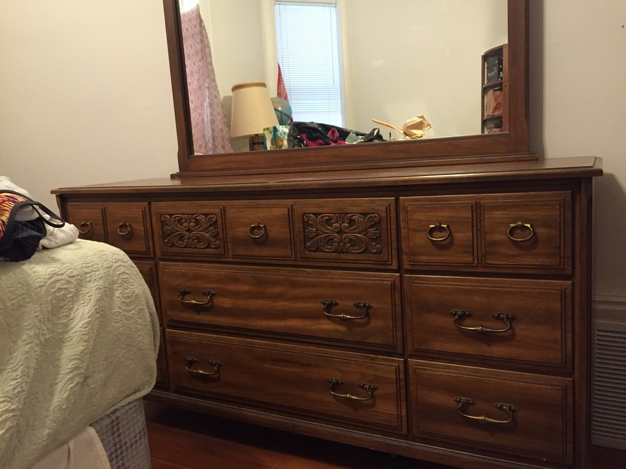 What 39 S The Year And Value Of My Owosso 620 21 Triple Dresser With Mirror My Antique Furniture