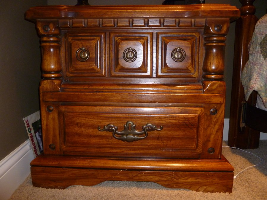 Owosso no 820 10 bedroom set my antique furniture collection for Where can i buy vintage furniture