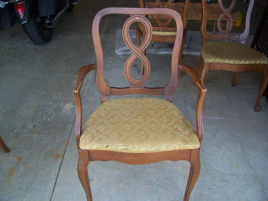 I Have A Set 6 Lenoir Chairs 2 Captain Chairs And 4