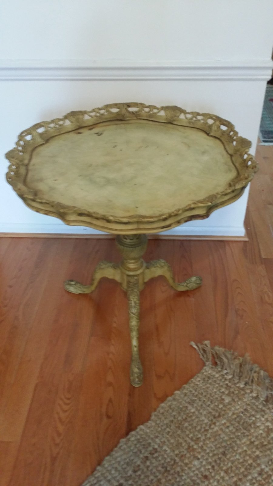 Wooden Pie Table ~ Hi i have a pie crust wooden table with the carved