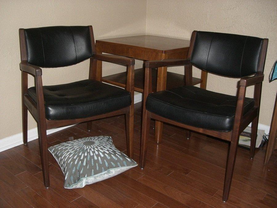 28 Chair Company Mid Century Danish Modern Wrap Around Walnut Armchair By Voorhees