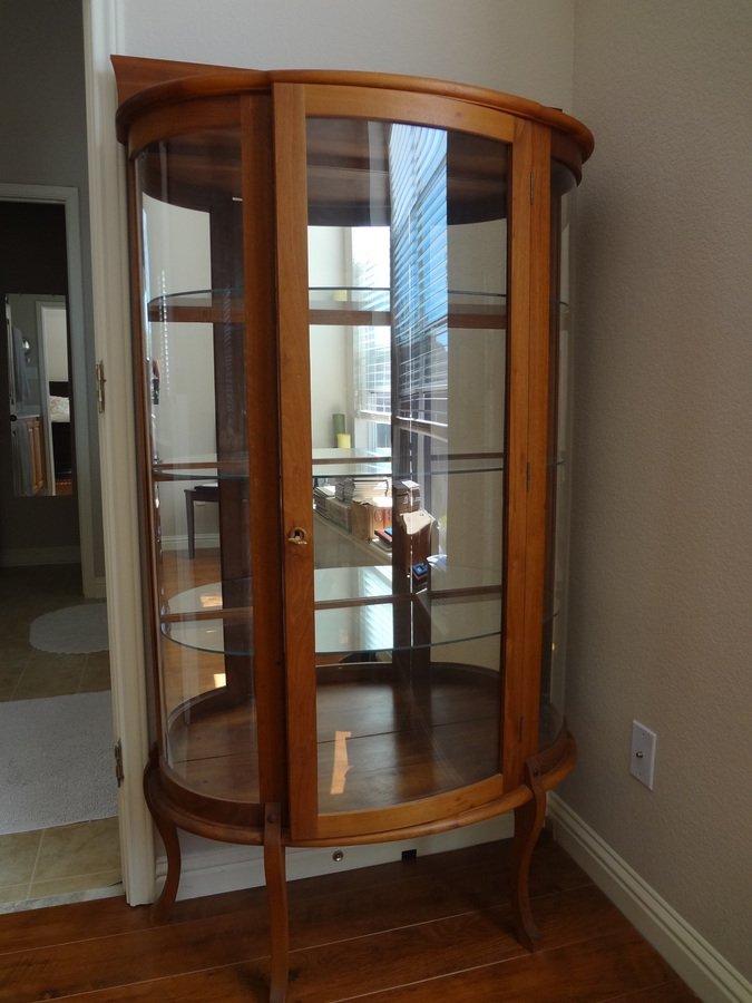 curved glass curio cabinet value my antique furniture. Black Bedroom Furniture Sets. Home Design Ideas