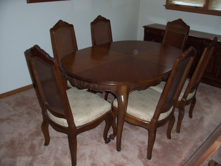 have a drexel heritage dining room set to sell french country