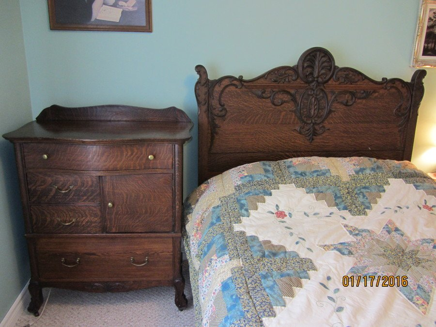 have antique bedroom furniture made of tiger oak dresser drawers