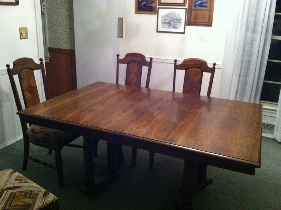 I Have A Dining Table And 6 Chairs From Lenoir Chair Co