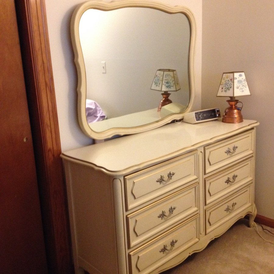 I have henry link french provincial antique white with gold trim teenage be my antique for White and gold bedroom furniture set