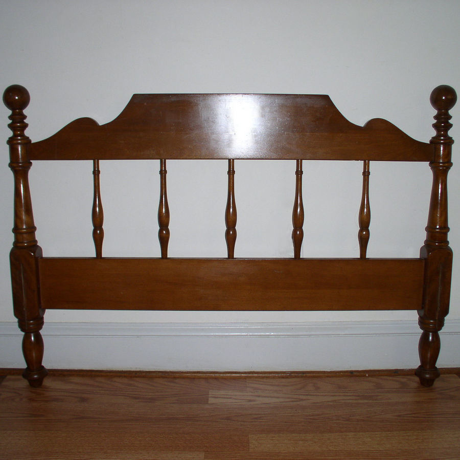 I Have An Ethan Allen Baumritter 585 Twin Bed Headboard An My Antique Furniture Collection