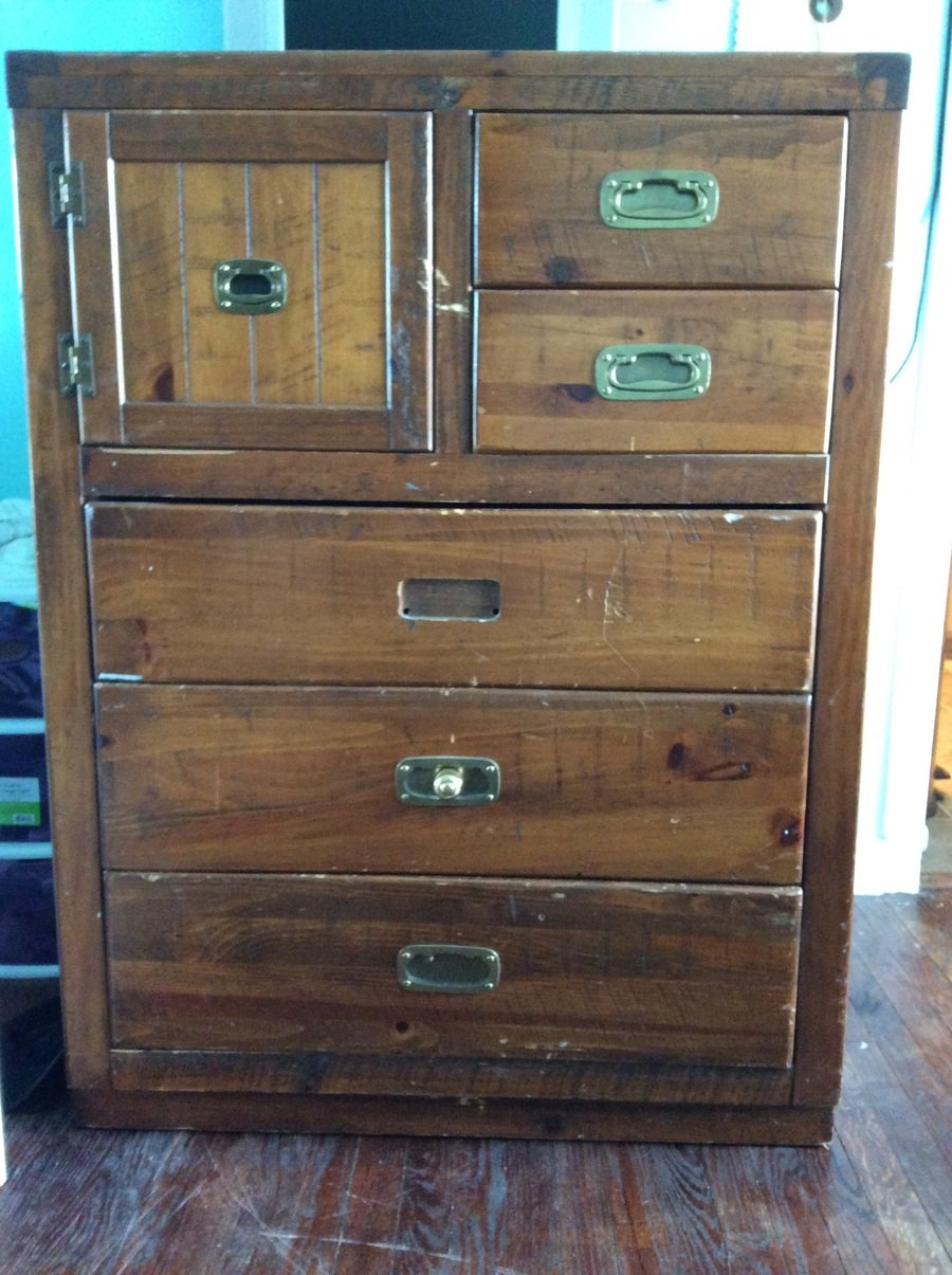 I have a Young Hinkle chest  Can anyone tell me it s value  It is missing 3  pulls and has several nicks and scratches. Young Hinkle   My Antique Furniture Collection