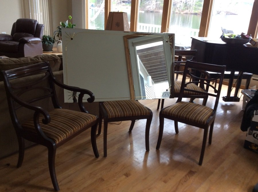 We have a a rway dining room set comprised of a mahogany for R way dining room furniture