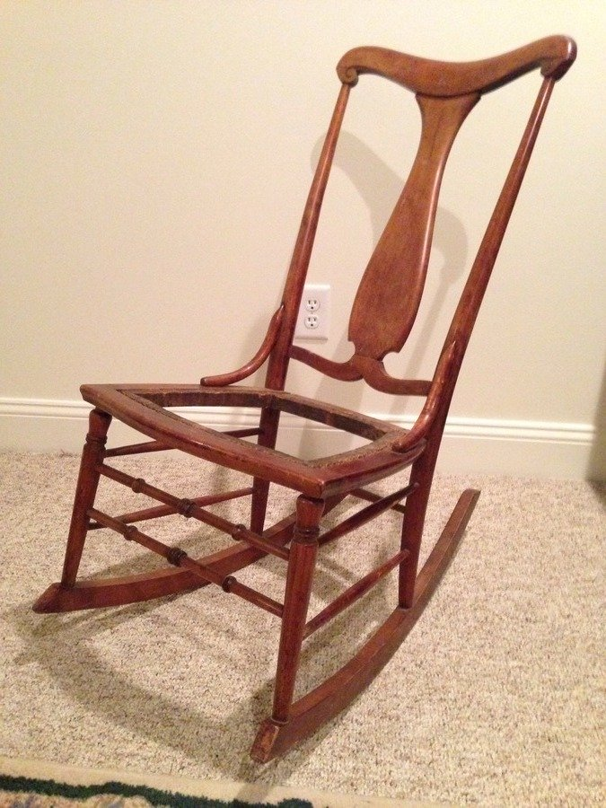 Identifying Antique Wooden Chairs