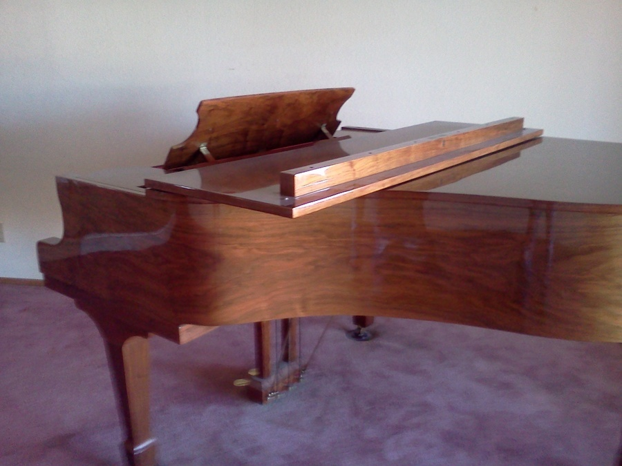 Need to sell my baby grand piano shaffer and sons cherry for How much space does a baby grand piano need