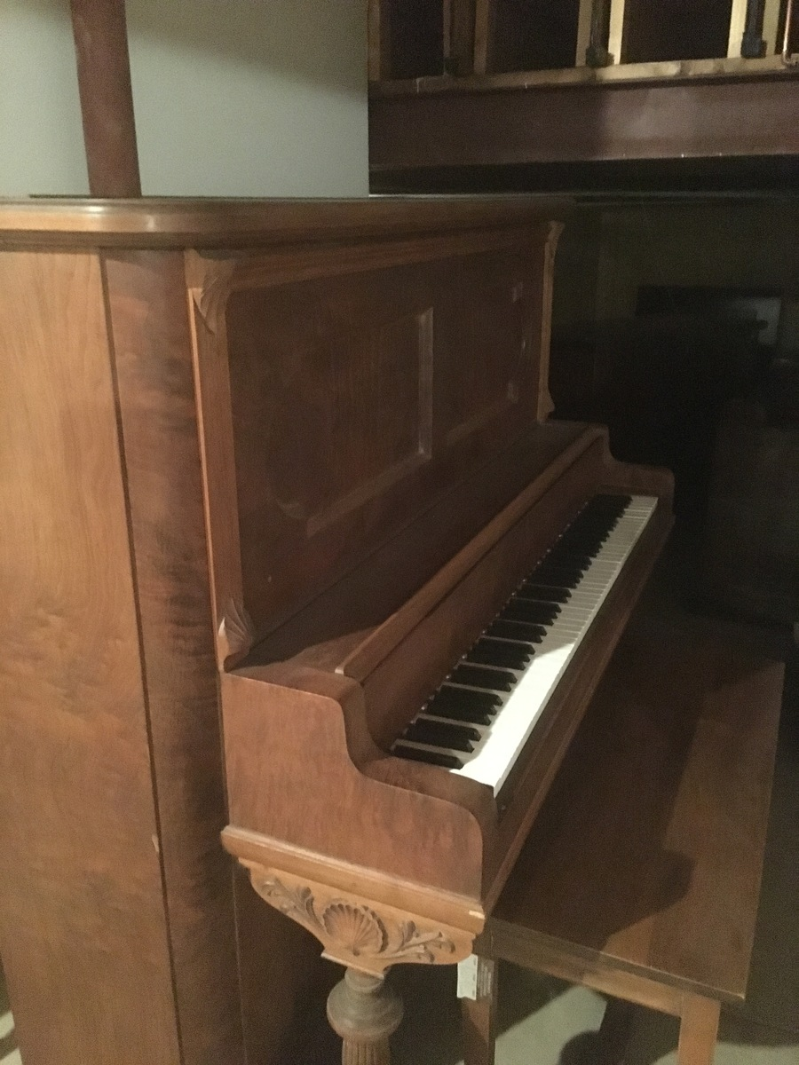 Conover 1904 upright piano 59511 my piano friends for How much space does a baby grand piano need