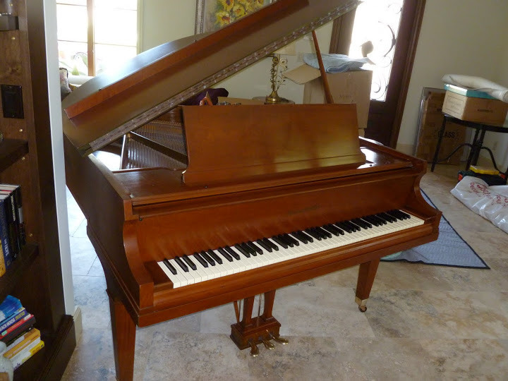 i 39 m looking at a baldwin baby grand piano grand prix style m 1967 lenth my piano friends. Black Bedroom Furniture Sets. Home Design Ideas