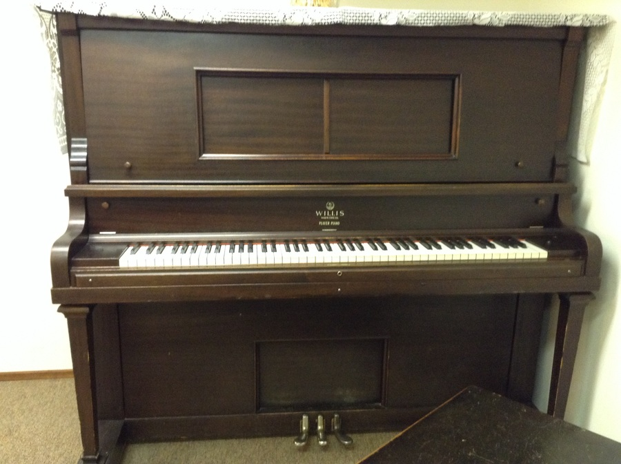 I have a willis montreal player piano no player that i for How much space does a baby grand piano need