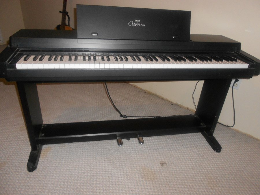 yamaha clavinova clp 350 my piano friends. Black Bedroom Furniture Sets. Home Design Ideas