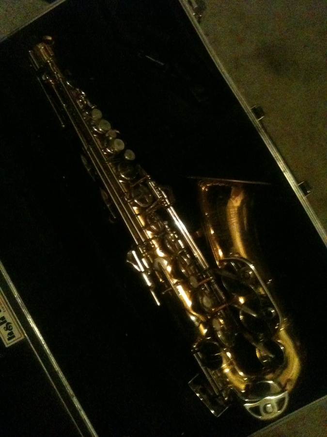 Saxophones - Huge Stencil Sax Listing Cafe Saxophone