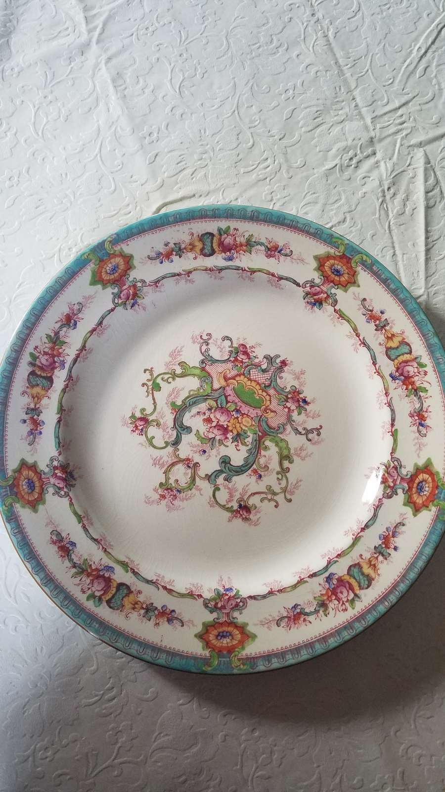 My great grandmother gave the set to my husbands great grandmother as a wedding gift. So itu0027s very sentimental. I know itu0027s not inexpensive though. & I Have 10 Dinner Plates And 6 Smaller Plates H9120 Royal Cauldon ...