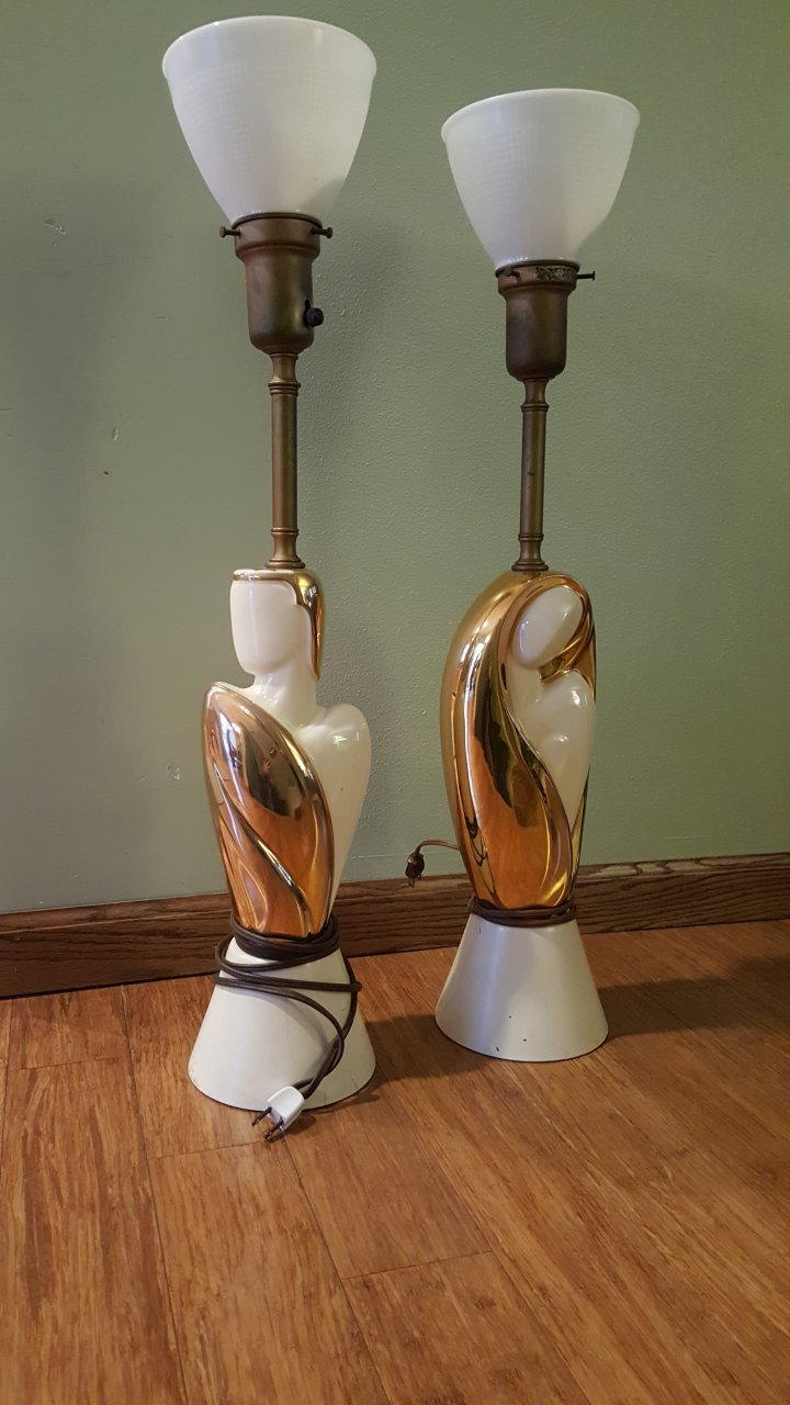 Superb I Have Two Rembrandt Lamps And Iu0027m Wondering Where To Find Out Their Value.  They Are Brass And Porcelain With Gold Overlay. Thank You Very Much.
