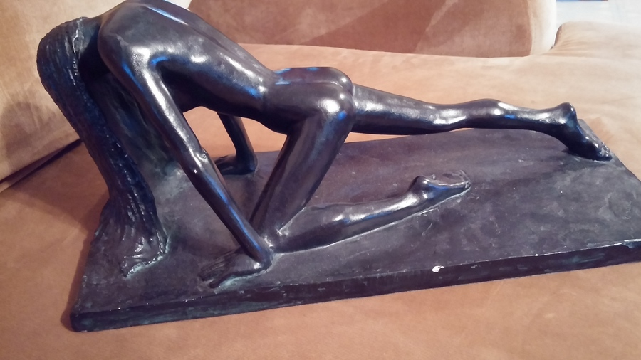 """Seattle Goodwill Ebay >> Looking To Sell A Sculpture """"Arising"""" By Austin Productions 