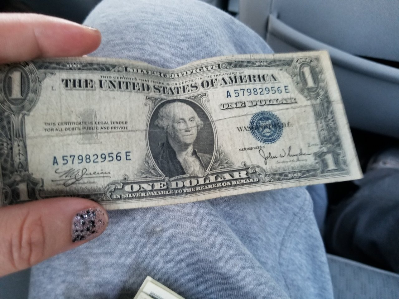 How much is a 1935 c series blue print dollar bill worth being but up either way for him but wanna give him something one day worth something u know dont have much and know nothing about money collections xflitez Images