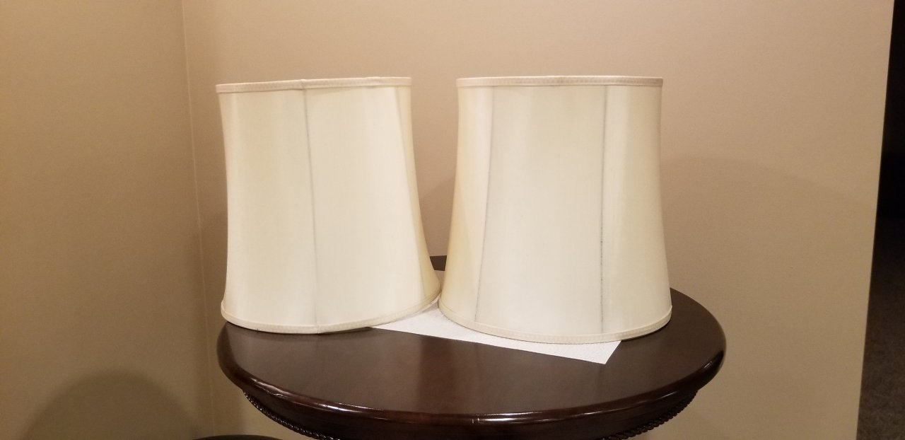 Looking To Identify Lamp Manufacturer Using Ul Issue