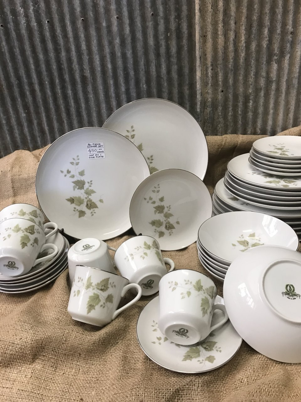 I have a dinner set of sone China with grapes and leaves on them. I donu0027t know what it is or how much itu0027s worth but Iu0027d like to know. Please help. & I Have A Dinner Set Of Sone China With Grapes And Leaves On Them. I ...