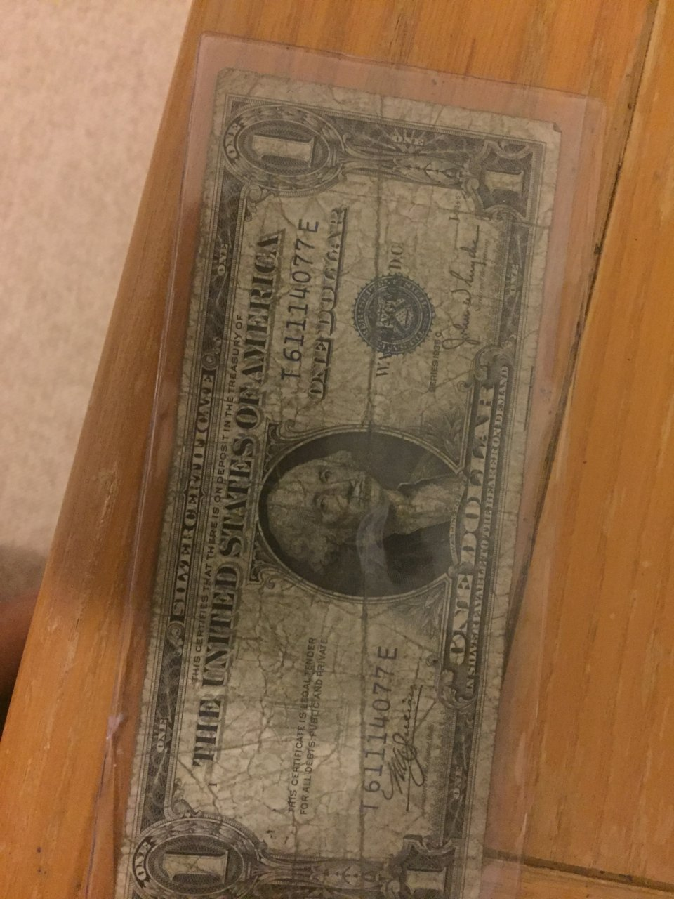 Series 1935c one dollar bill silver certificate t 61114077e i series 1935c one dollar bill silver certificate t 61114077e i need to know the value please xflitez Gallery