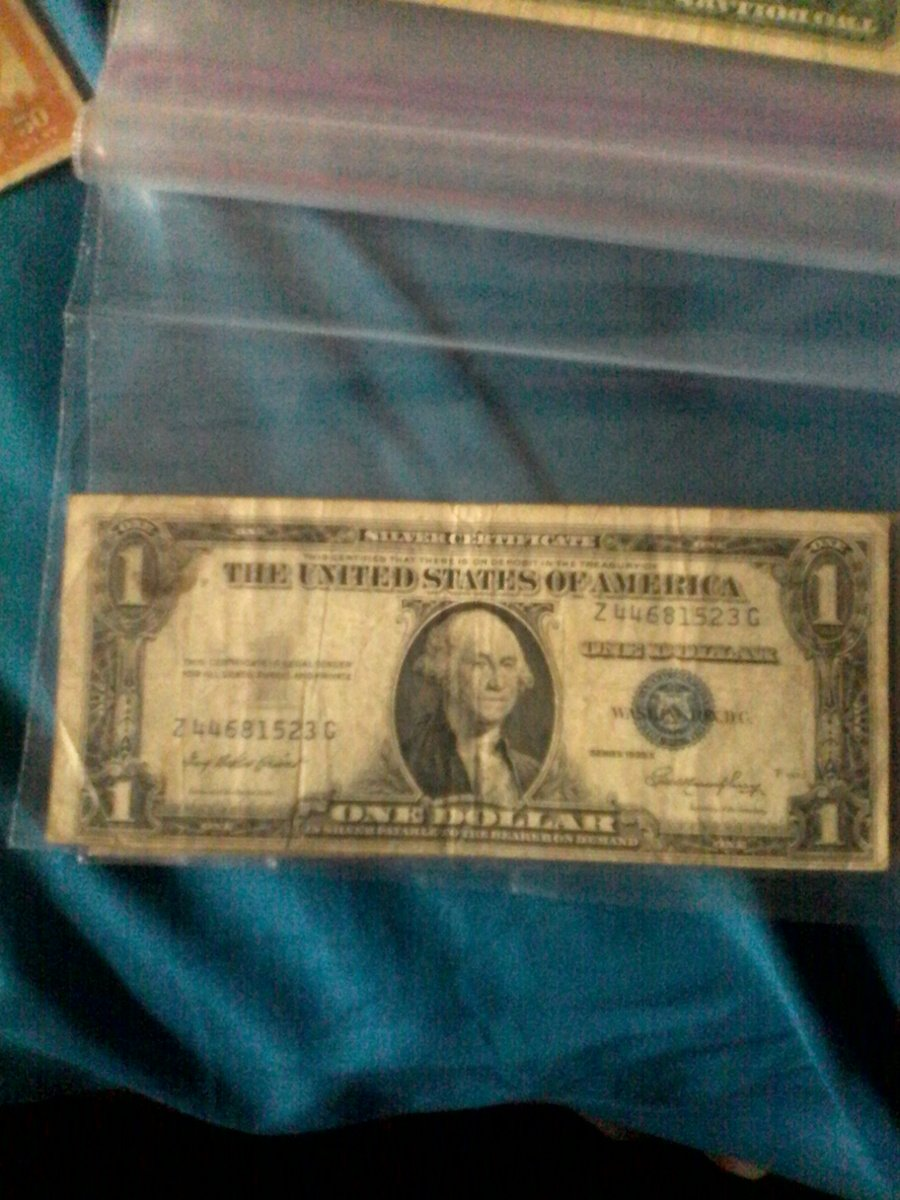 How much is a 1935 e silver certificate one dollar bill worth how much are these worth xflitez Choice Image